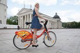 Cyclocity Bélgica - Bruselas- Bicicletas 250 Estaciones 23 €10 el año Las estaciones se encuentran cada 400 metros