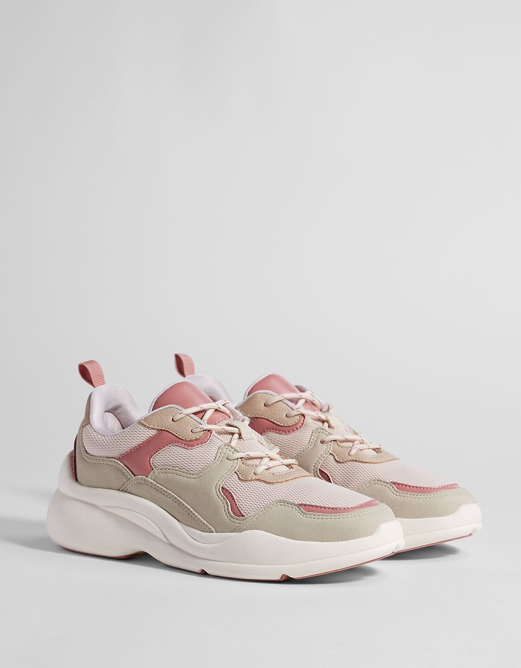 conversión semilla no relacionado  Contrasting platform trainers. Discover this and many more items in Bershka  with new products every week | Sneakers, Platform sneakers outfit, Dad shoes