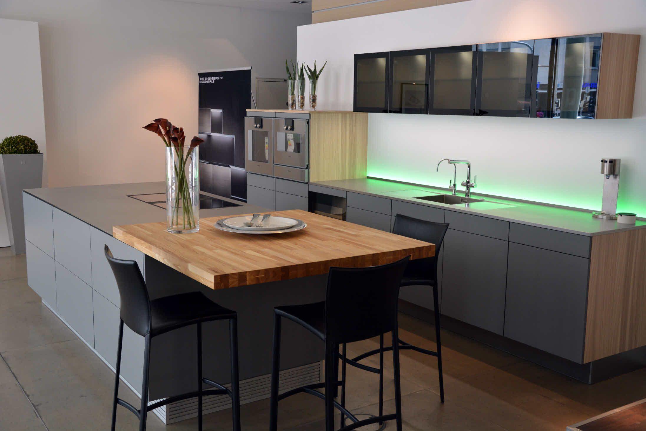 poggenpohl k chenstudio stuttgart musterk che ml1127 steingrau kitchens pinterest. Black Bedroom Furniture Sets. Home Design Ideas