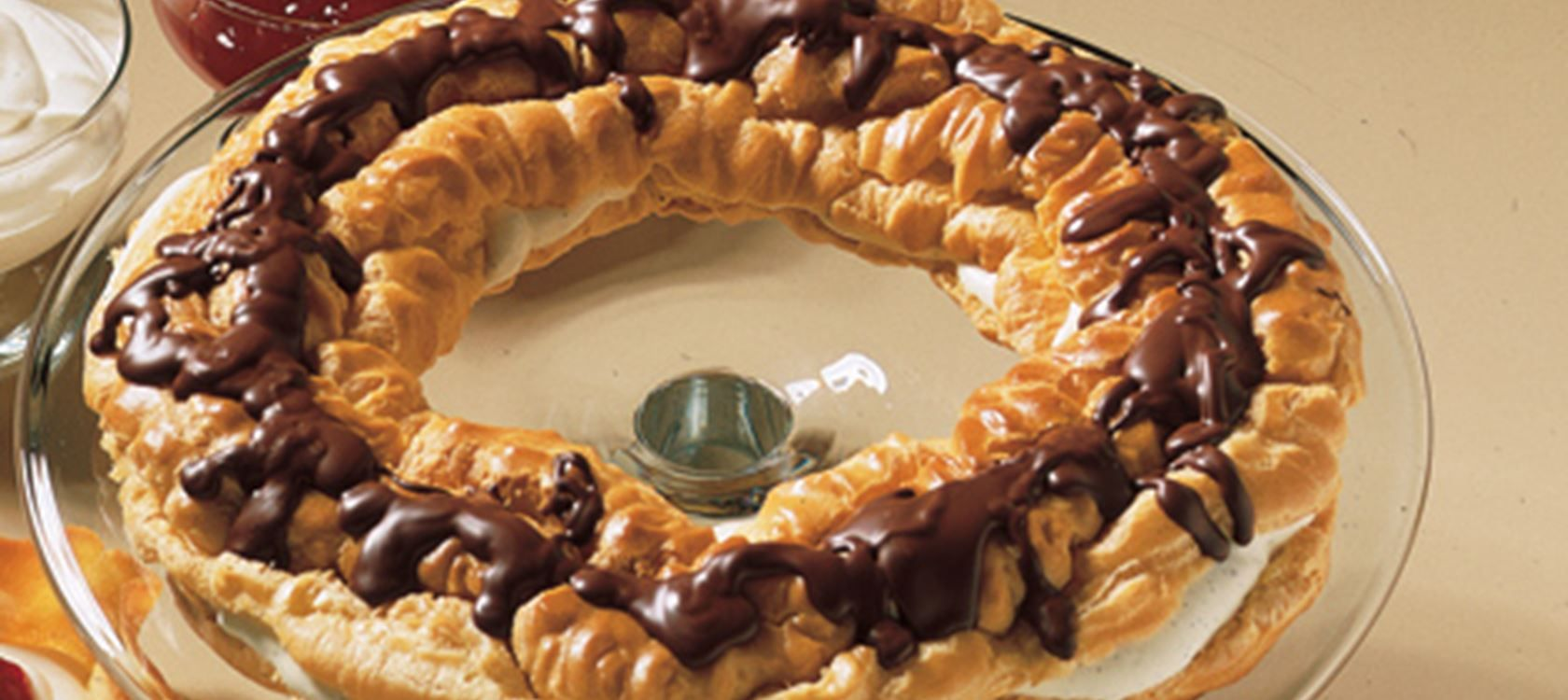 Vandbakkelseskrans Recipe Food, Desserts, Danish food