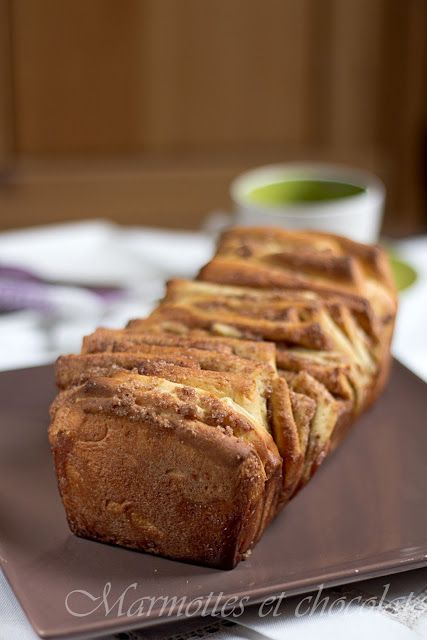 Marmottes et Chocolat: Cinnamon Pull-Apart Bread