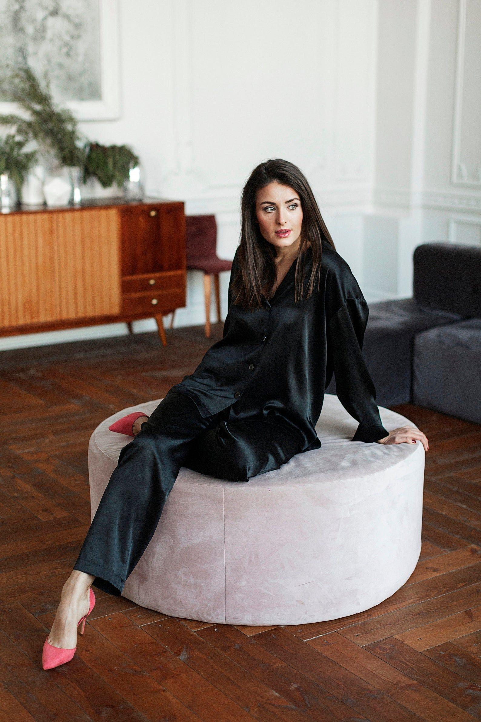 NWT Fashion Mens Silk Satin Pajamas Sleepwear&Robes