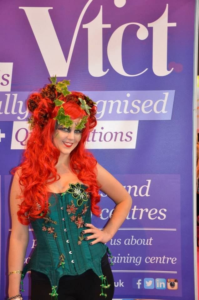 Men watch out - Poison Ivy's about!