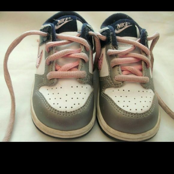 PINK BLUE GRAY BABY GIRL NIKE SIZE 6C PINK BLUE GRAY BABY GIRL NAME BRAND SIZE 6C LOWTOP TENNIS SHOES FAST SHIPPING #3  Comes from a smoke & pet free home.   For more photos & my other items copy and paste   http://www.ebay.com/usr/queen*v Nike Shoes
