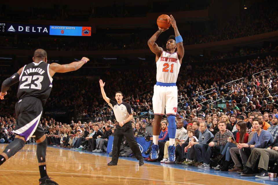 The New York Knicks, with a complete team effort tonight