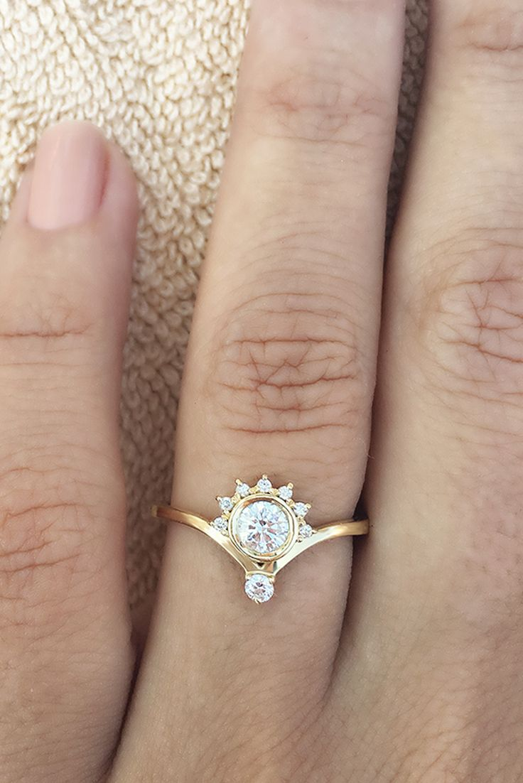 Unique Diamond Engagement Ring, 0.4 CT Diamond Ring, Crown ...