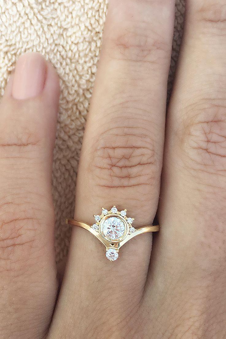 Unique Diamond Engagement Ring, 0.4 CT Diamond Ring, Crown ...
