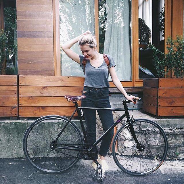 Fixie Girls Photo Urban Cycling Ride Bicycle Bicycle Women