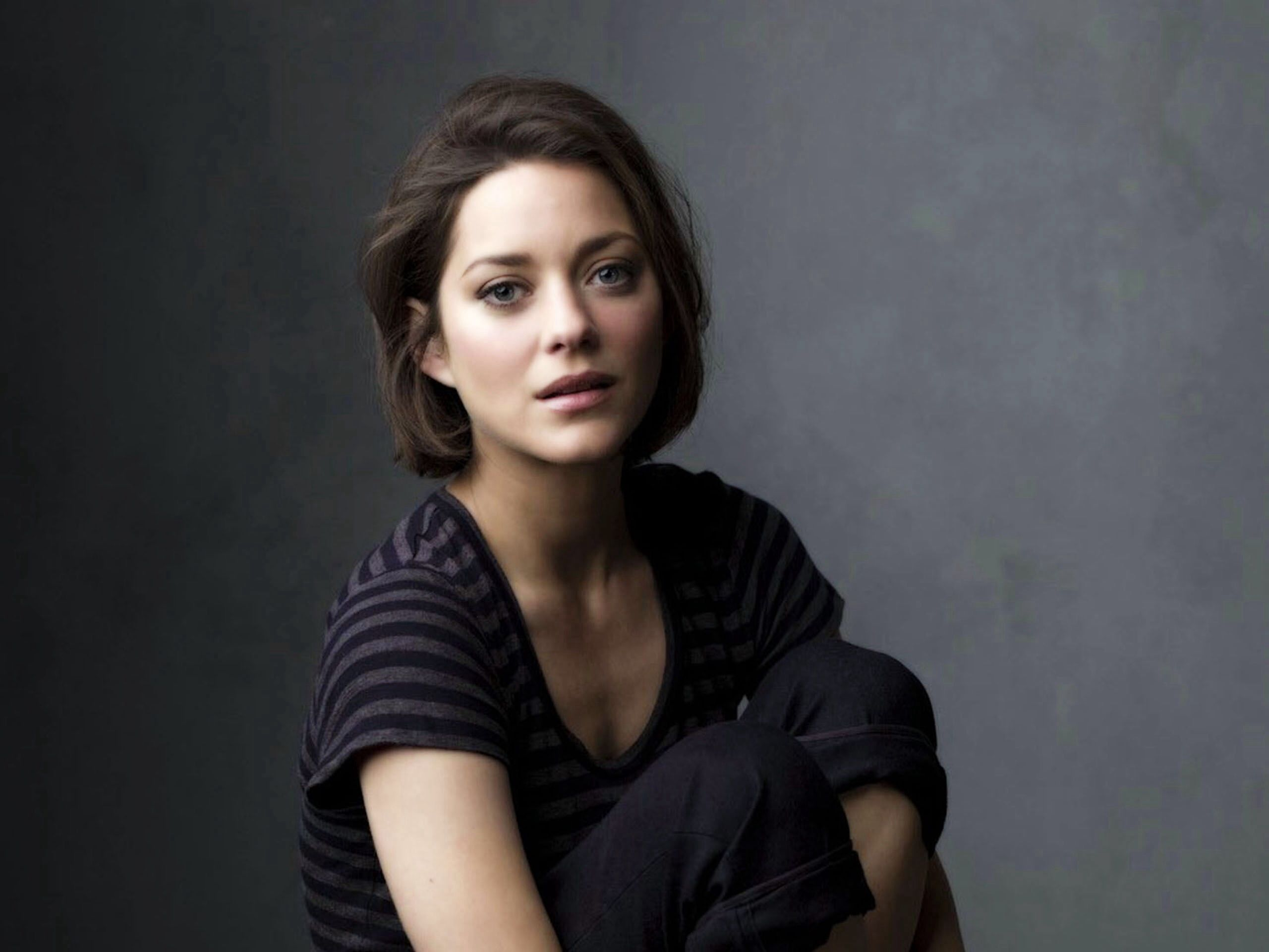 Marion Cotillard is set to play Lady MacBeth opposite Michael Fassbender ...could it get any better than that? Wish it was more romantic a story. ;)