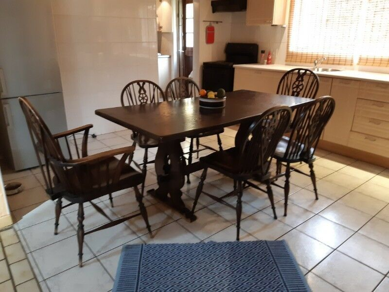 Dining Room Table And Chairs Sets Gumtree