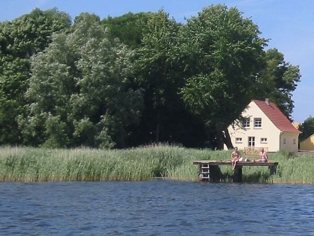 Hundefreundliches Ferienhaus 6 Personen am Wasser auf
