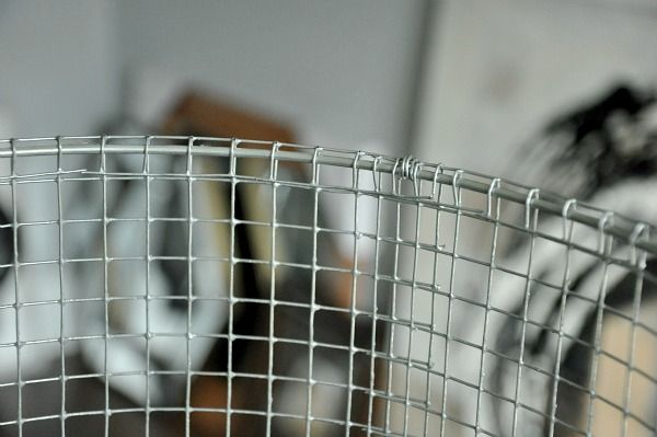 Diy wire lampshade wire lampshade chicken wire and industrial chicken wire metal lampshade diy greentooth Image collections