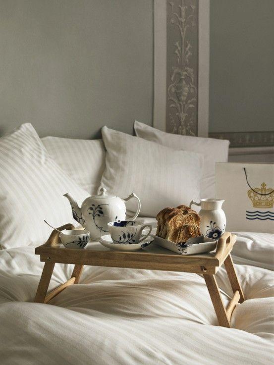 Beautiful Bedroom and breakfast in bed