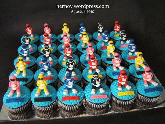 power rangers birthday cupcakes