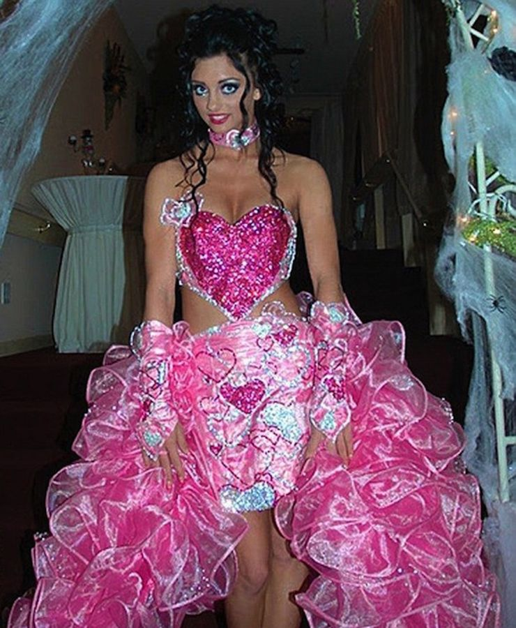 Hideous Wedding Gowns: Oh This Has Longevity Written All Over It! 24 Wedding