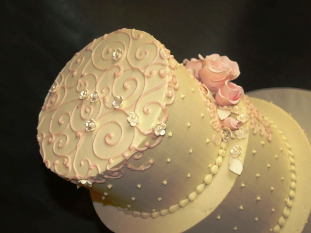 buttercream flower cake | Wedding Cakes Gallery / Pictures- Laurie ...