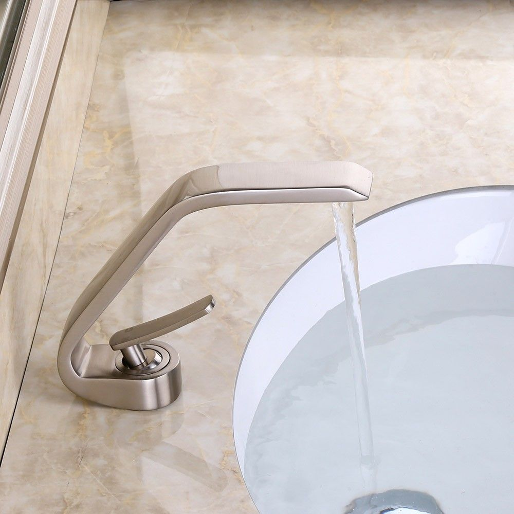 Contemporary Single Handle One Hole Solid Brass Bathroom Sink Faucet ...