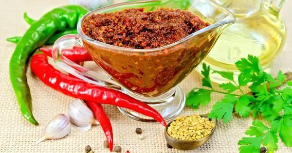 how to make mediterranean garlic sauce