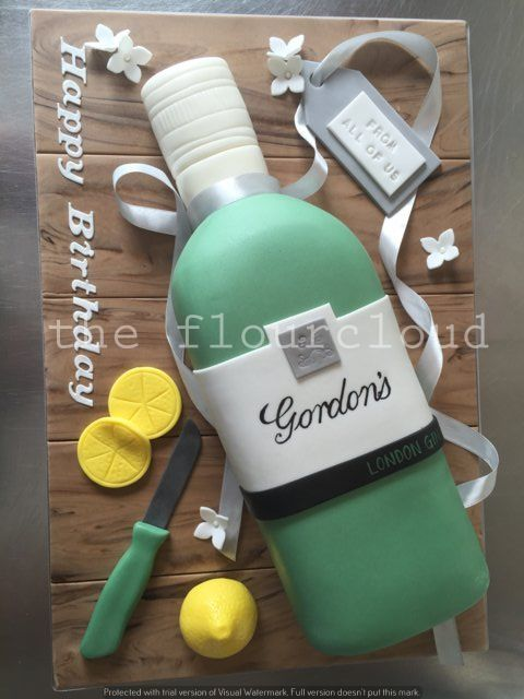 A Bottle Of Gin Cake To Celebrate Your Birthday Cool