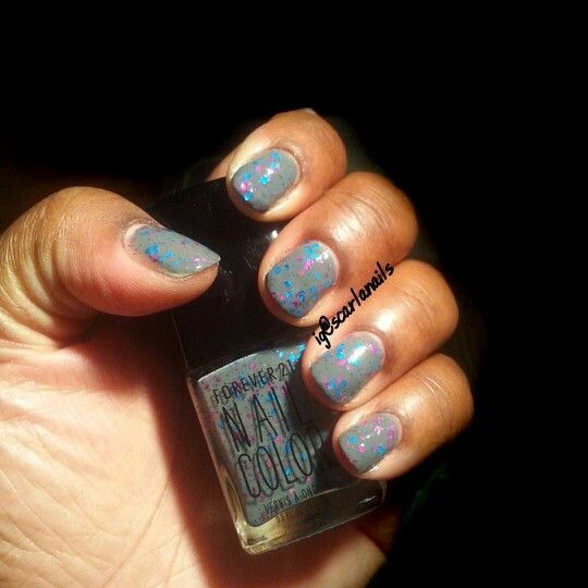 Forever21 Pretty Glitter Nail Color. #swatch #nailpolish #Forever21