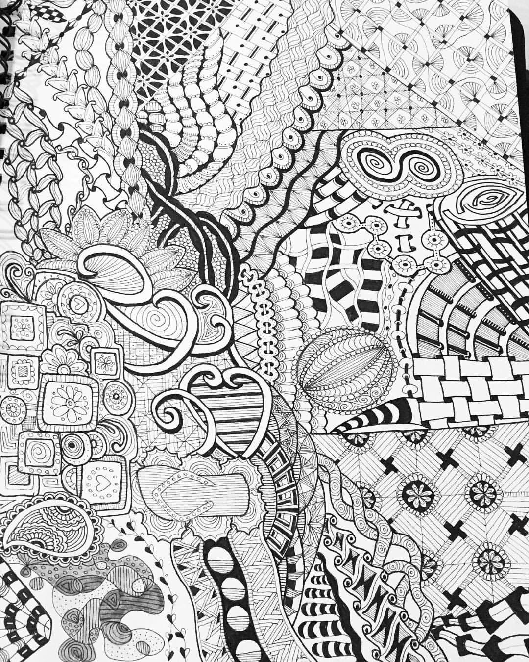 #practicepage #sketchbook #micron #blackandwhite #zendoodle
