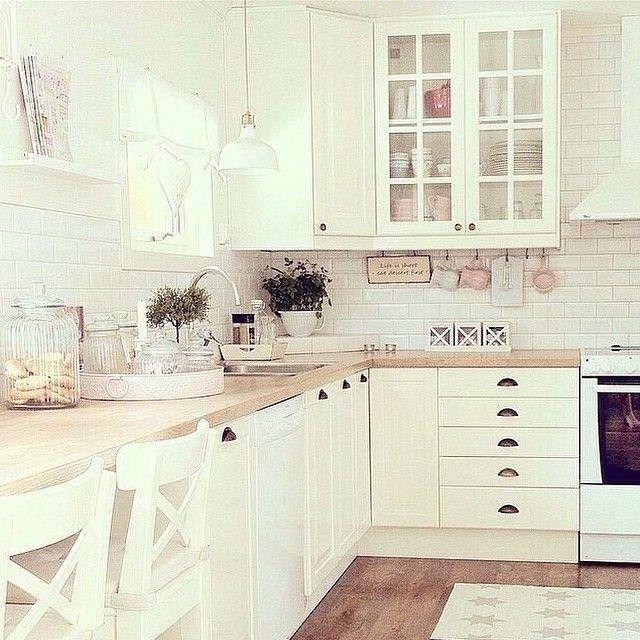 deco cuisine et blanc Kitchens Pinterest Counter top, Kitchens