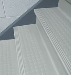 Perfect One Piece Rubber Stair Tread And Stair Riser, Uno Tred