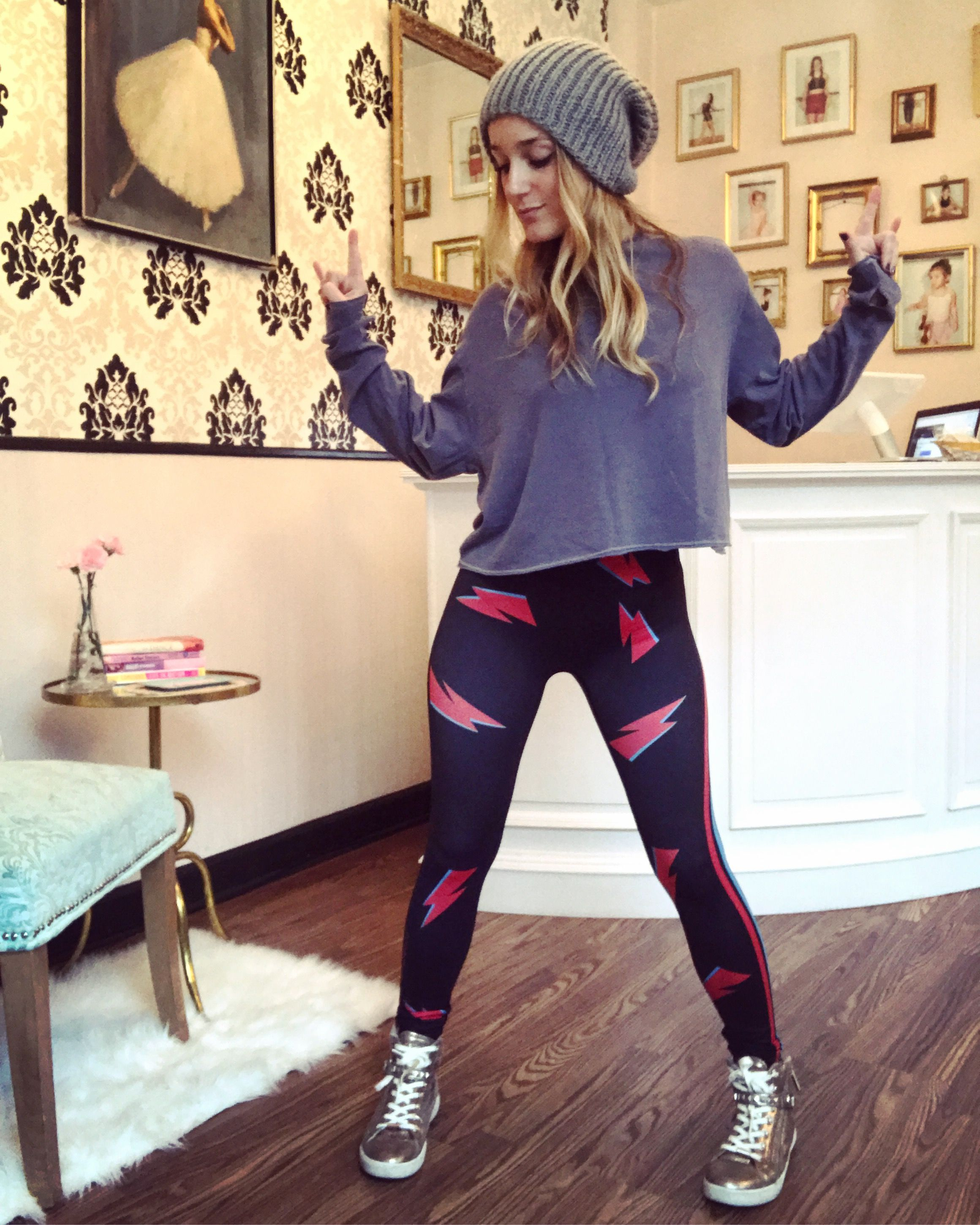 9ff8a3ab6d26f Tutu Women, Skirt Leggings, Dance Outfits, Girl Outfits, Workout Wear, Dance