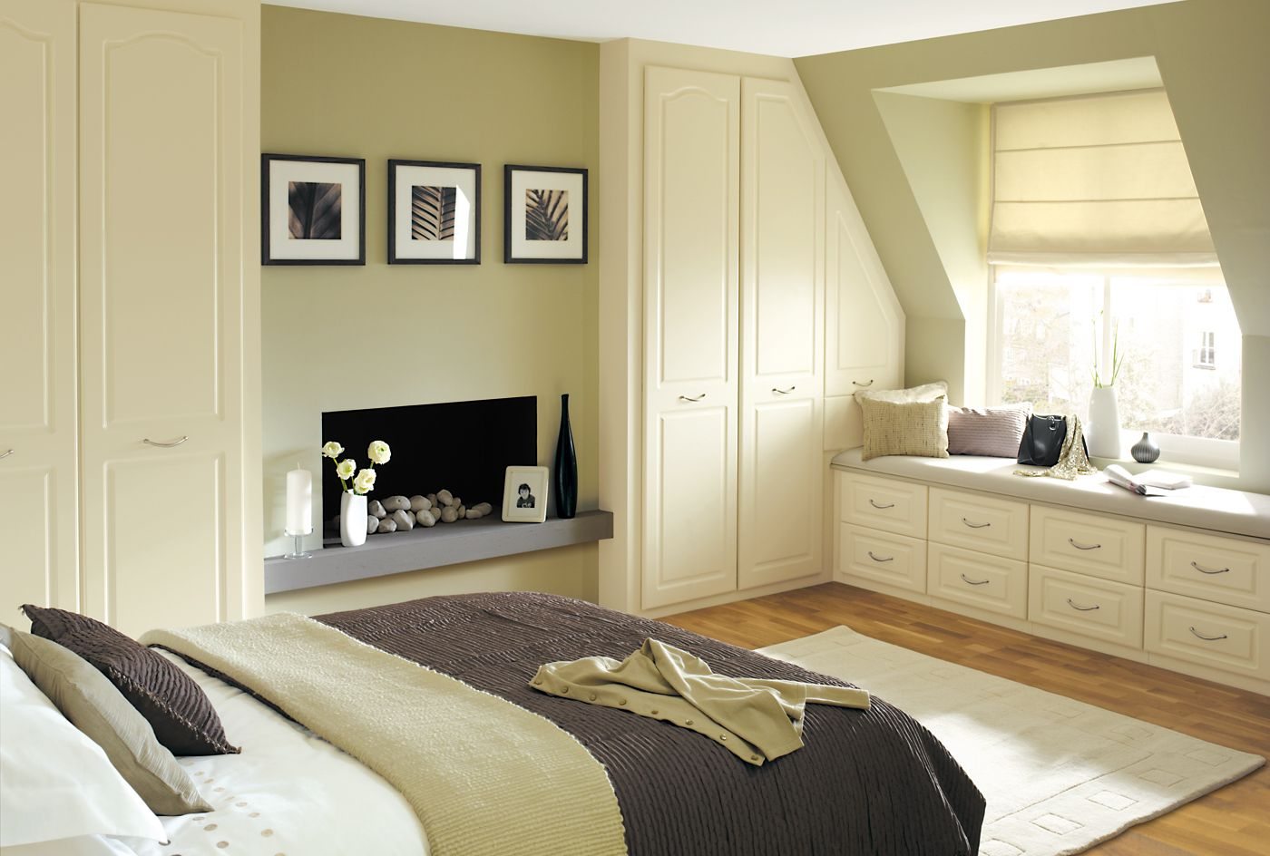 Bedroom Furniture Fitted contemporary but comfortable - ascot white wardrobes & cream