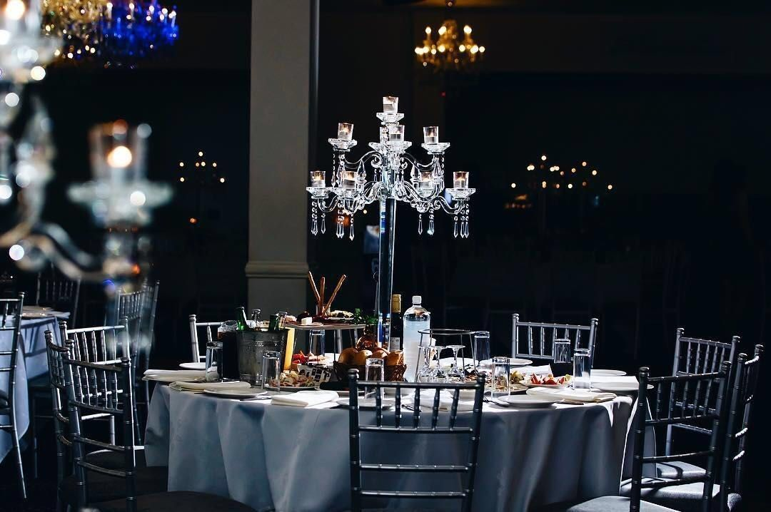 romantic candlelight dinner with your love in a elegant restaurant rh pinterest com