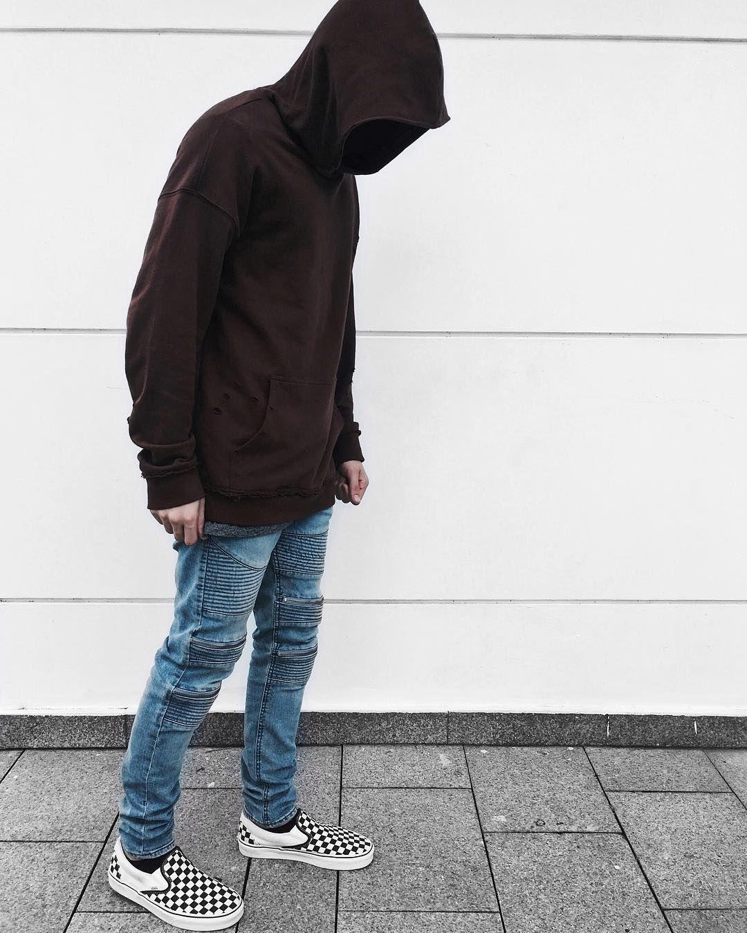Hoodie and Vans Checkerboard Outfit \u2022 Instagram @edriancortes , , men  streetstyle streetwear hoodie vans checkerboard wiwt ootd  edriancortes