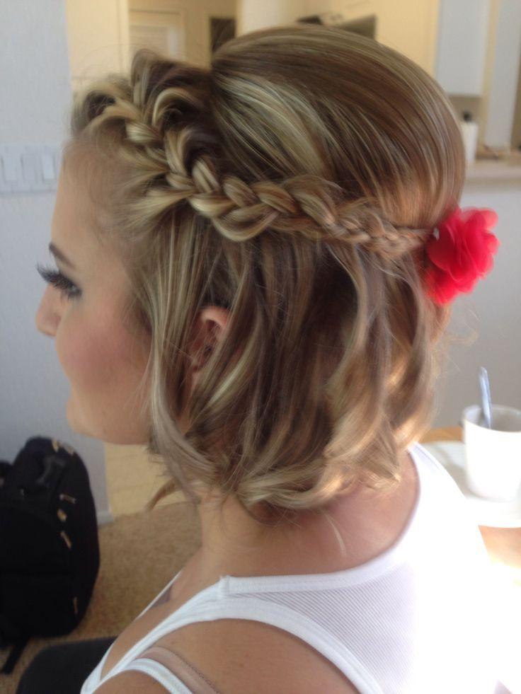 8 Cute Updo Hairstyles For Short Hair Popular Haircuts Short Wedding Hair Short Hair Styles Short Hair Updo