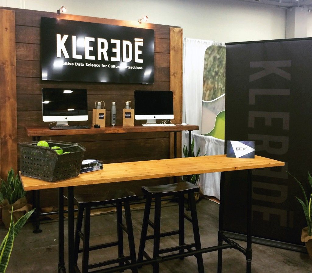 Klerede tradeshow booth. Reclaimed wood and pipe tables ...