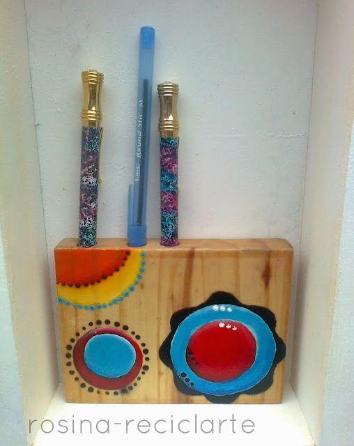 porta lápis (ou vaso)  com toco de madeira furada