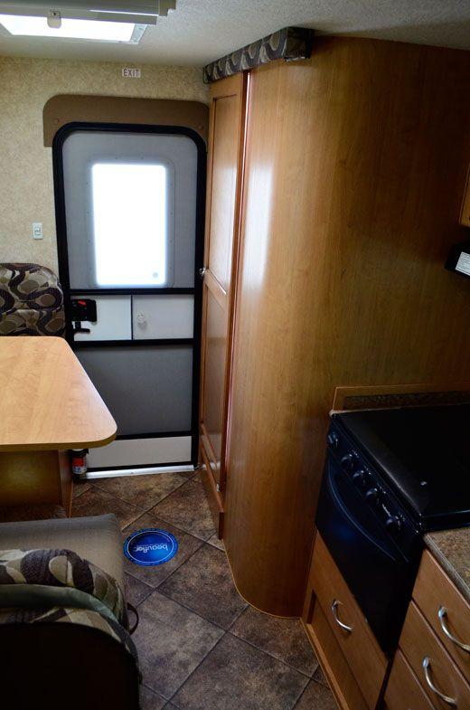 Adventurer 89rb Review Remodeled Campers Camper Camper Storage