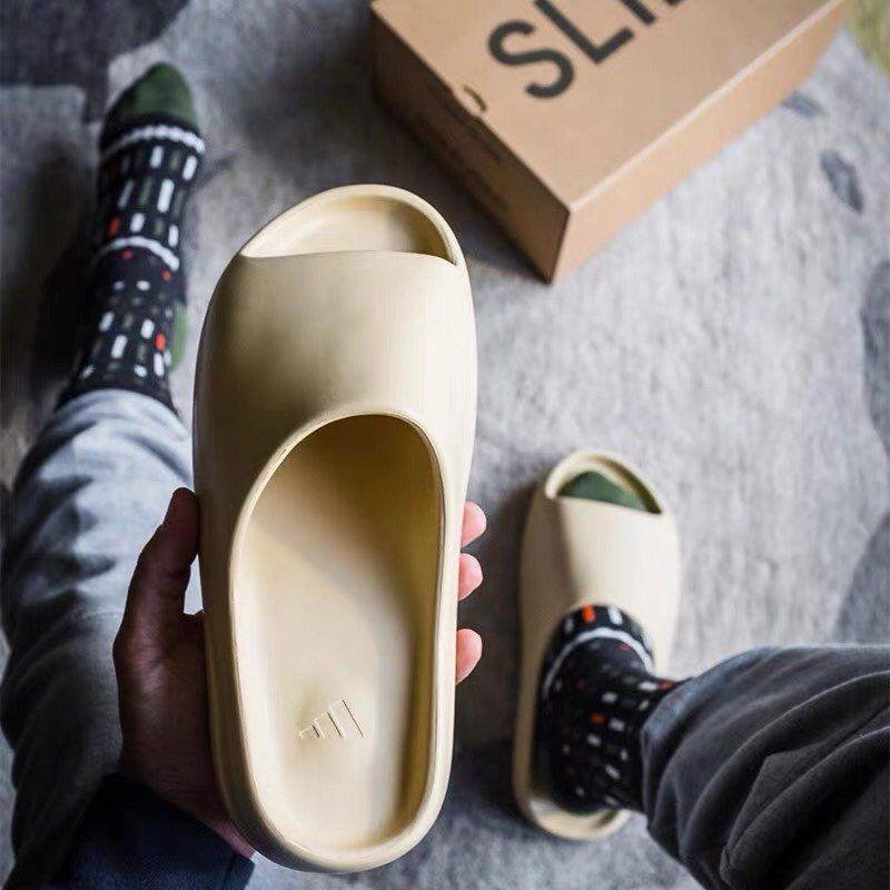 Kanye West Adidas Yeezy Slides Bone Summer Slip On Shoes In 2020 Yeezy Kanye West Adidas Yeezy Yeezy Fashion