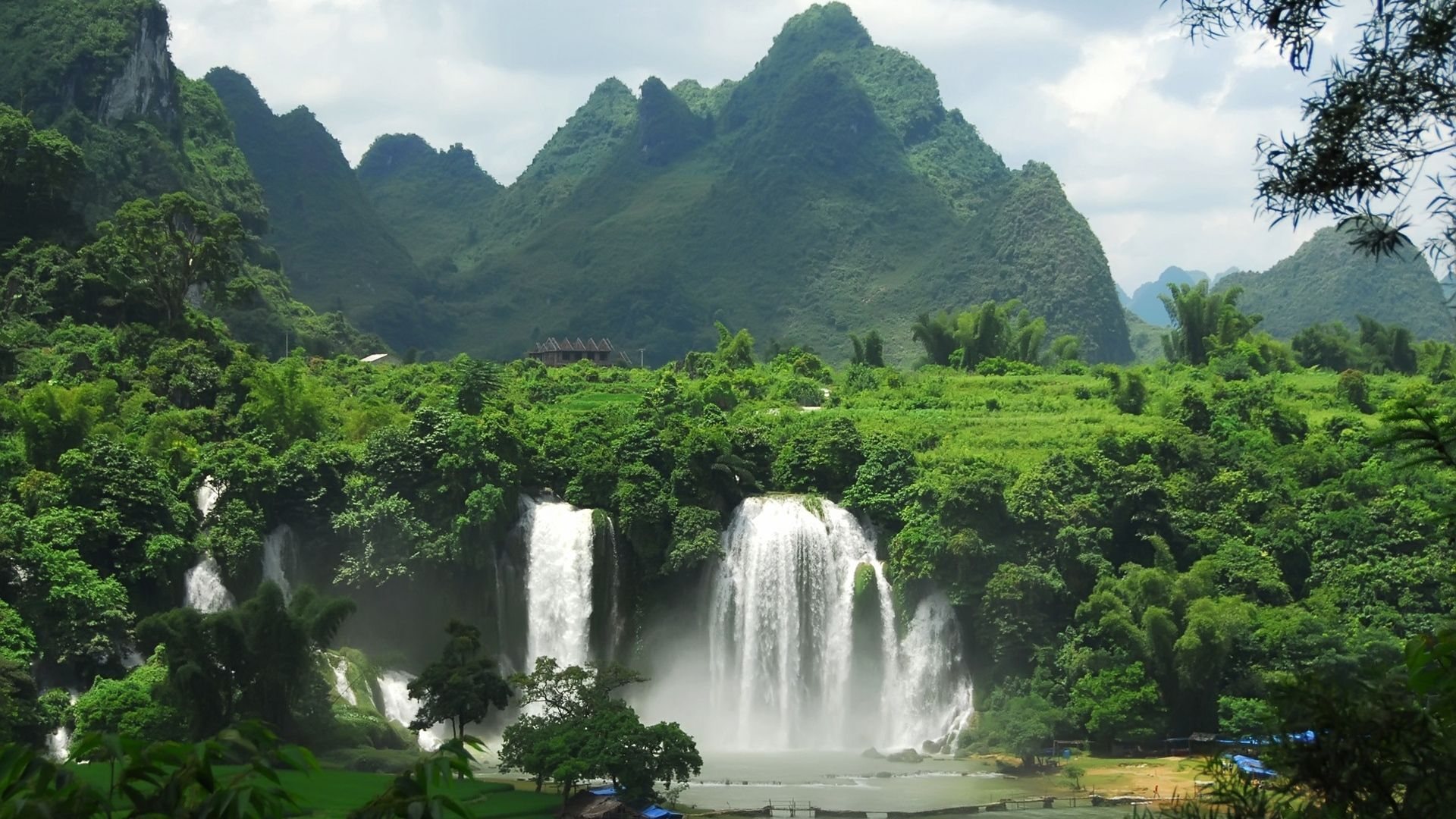 falls, bann giok, vietnam - http://www.wallpapers4u.org/falls-bann-giok-vietnam/
