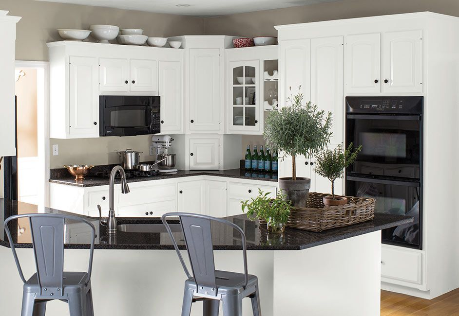 kitchen cabinet color ideas inspiration benjamin moore kitchen furniture design trendy on kitchen cabinet color ideas id=76434