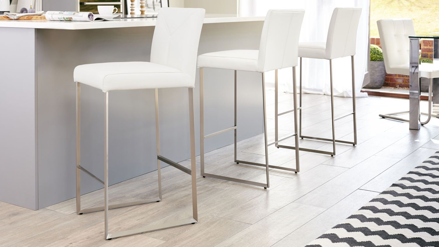 Monti Real Leather Bar Stool Modern Kitchen Stools Leather Bar