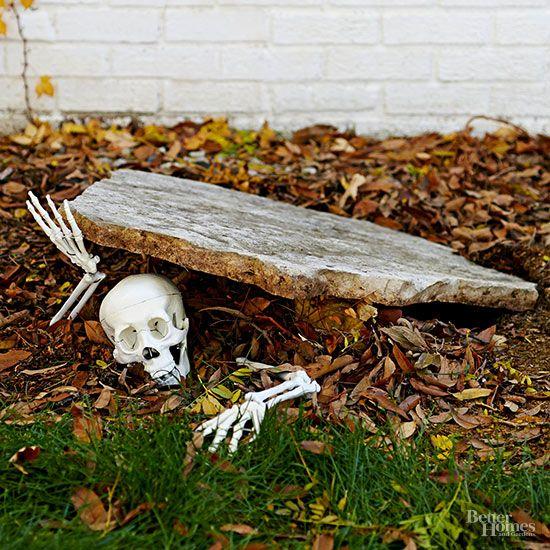Pin by Dawn Hetherington Thompson on Halloween Pinterest Outdoor - scary diy halloween decorations