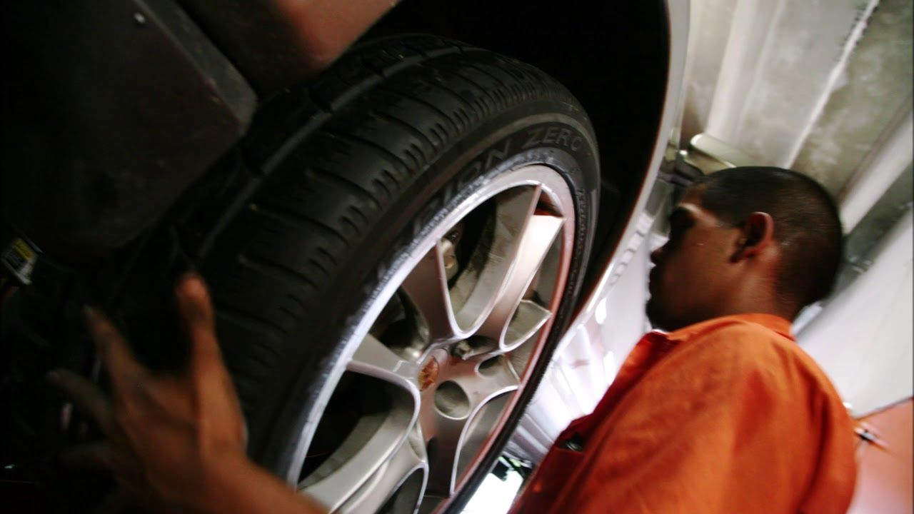Mobile Tire Replacement Services and Cost in Edinburg