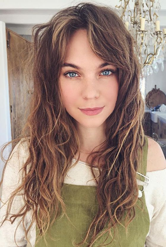 31 Messed Up Waves And Split Up Bangs Hair Style Pinterest