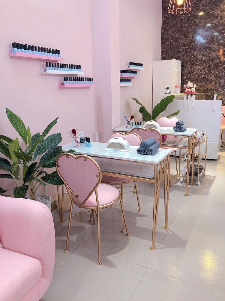 Nail Salon Interior Design Ideas French Hair Salon Interior Design Salon Interio In 2020 Nagelstudio Dekor Friseursalon Inneneinrichtung Schonheitssalon Einrichtung