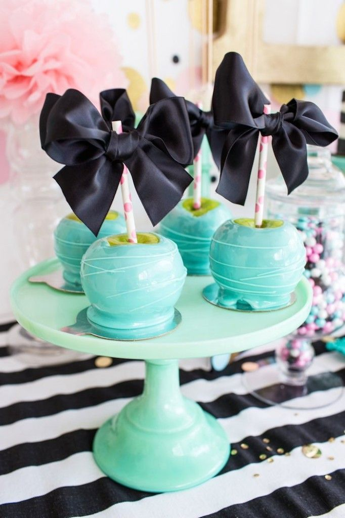 Cue The Confetti themed birthday party via Kara's Party Ideas KarasPartyIdeas.com Cake, printables, desserts, banners, garlands, recipes, and more! #confettiparty #cuetheconfetti #mintandgold #confettipartyideas (28)