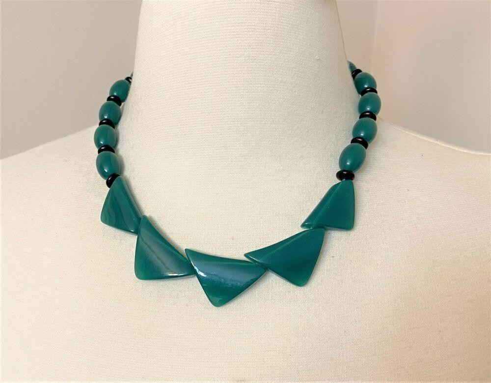 Green Retro Resin Choker necklace