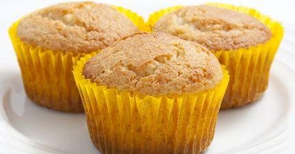 طريقة عمل الكب كيك الهش Recipe Desserts Food Breakfast