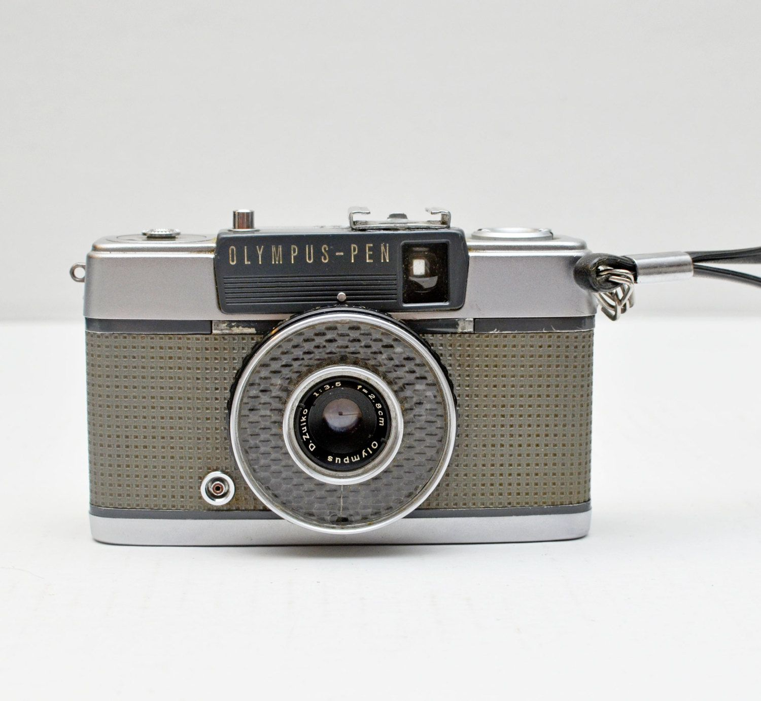 Vintage Olympus Pen Ee 35mm Film Half Frame Point And Shoot Camera Point And Shoot Camera Vintage Film Camera Cameras And Accessories
