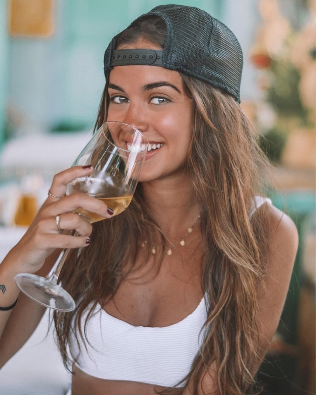 """, Rocio Camacho on Instagram: """"Wine o'clock ⏰🍸"""", MySummer Combin Blog, MySummer Combin Blog"""