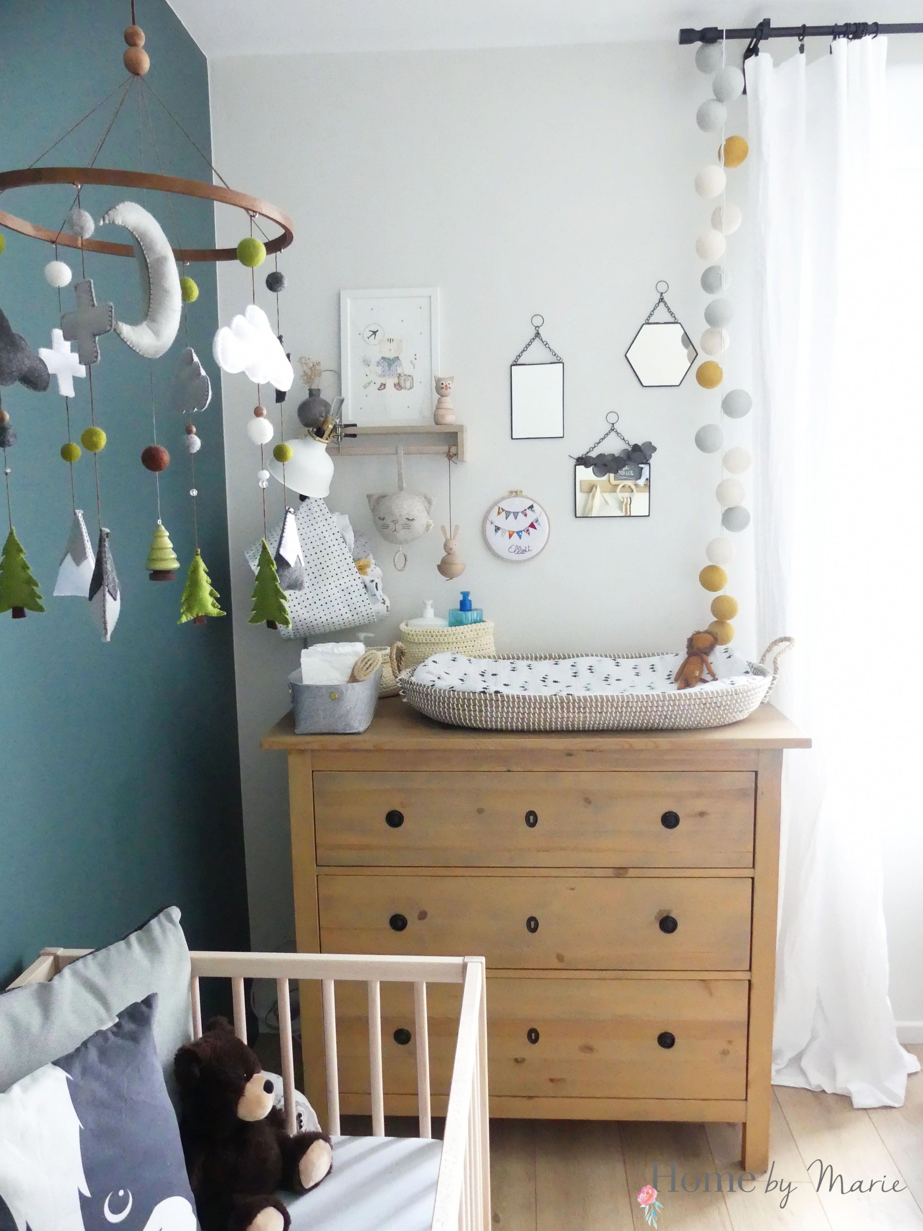 chambre de bébé garçon gris bleu et vert, inspiration scandinave