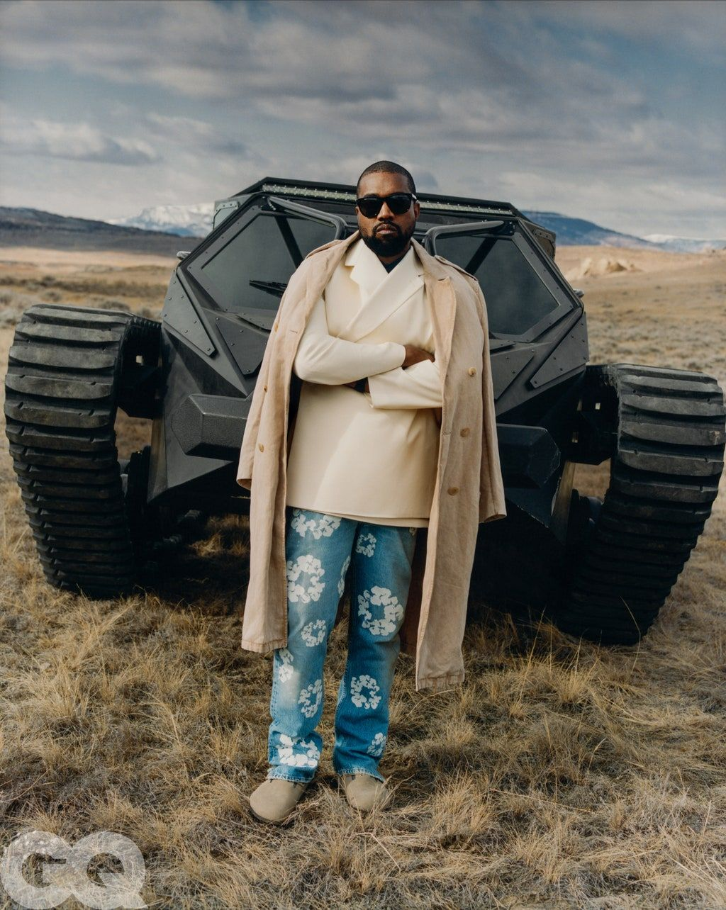 Inside Kanye West S Vision For The Future In 2020 Kanye West Yeezy Outfit Fashion